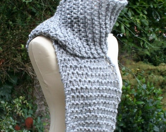 Wide And Grey Chunky Unisex Scarf