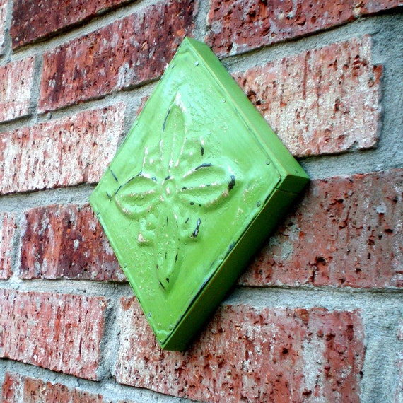 Spring Green Wall Hanging Plaque Vintage Ceiling Tin
