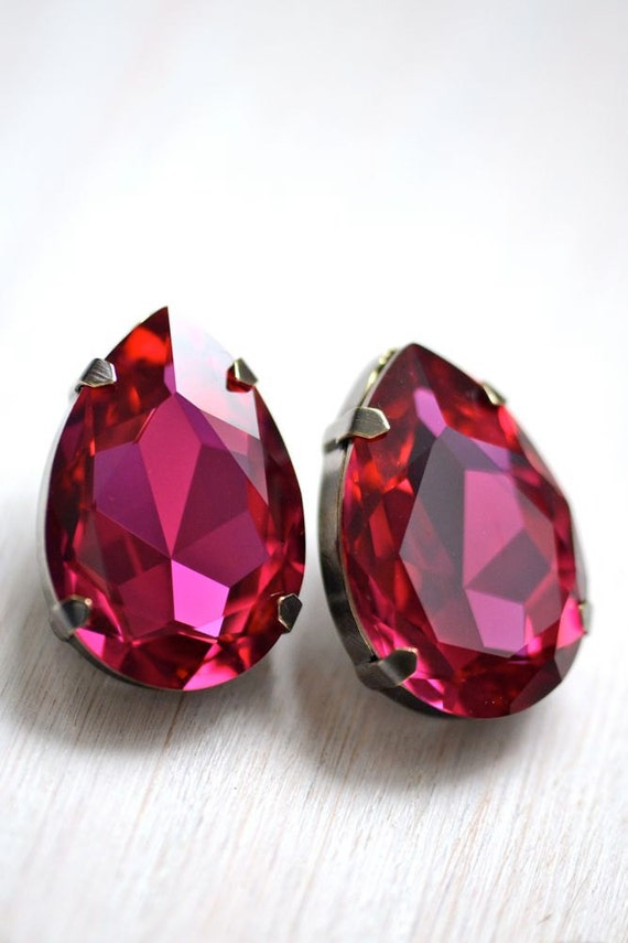 Vintage Glam Bridal Earrings - Fuschia Pink Swarovski Crystals - Sterling Silver Posts