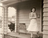 Fun Antique PHOTO SNAPSHOT of A 1930's Mom standing on the front porch, calling the kids in for Supper in her granny shoes and apron - - her name is Mary Manning