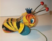 Rare VINTAGE 1956 BEE TOY - Fisher Price Queen Buzzy Bee 314 - Cool retro wooden lithoed Bumble Bee with twirly Wings