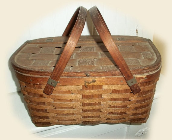 Picnic Basket Pie : Items similar to vintage pie picnic basket fab old