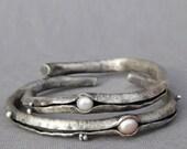 Silver Anti Clastic White Pearl Cuff