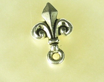 6 Antiqued Fine Silver Plated Pewter Fleur De Lis Earrings Posts Jewelry Findings 524