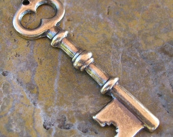 6 Brass ox Skeleton Key Charm Jewelry Finding 722