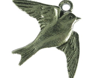 Bird Charm in Antique Silver Jewelry Findings 1071
