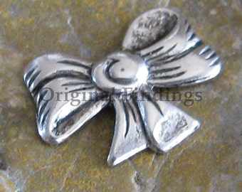 6 Antique Silver Small Bow Metal Stamping Jewelry Findings 288
