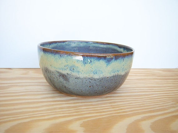 Ceramic Serving Bowl in Fog Glaze