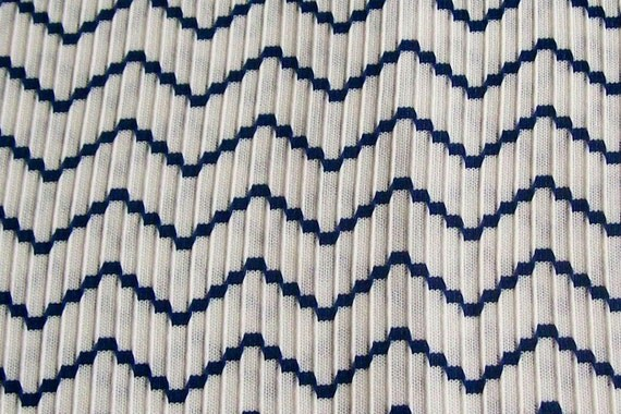 Vintage 60s 70s Retro Mod Brady Bunch 1Yd 24in Unused Navy Blue and White Polyester Double knit   Chevron Stripe Fabric