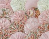 20 PINK COTTAGE ROSE 2 inch Fabric Yoyos Yo Yos Suffolk Puffs