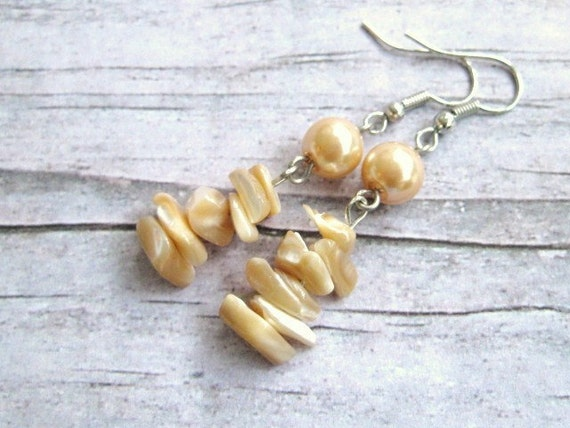 Natural Shells and Pearls Earrings