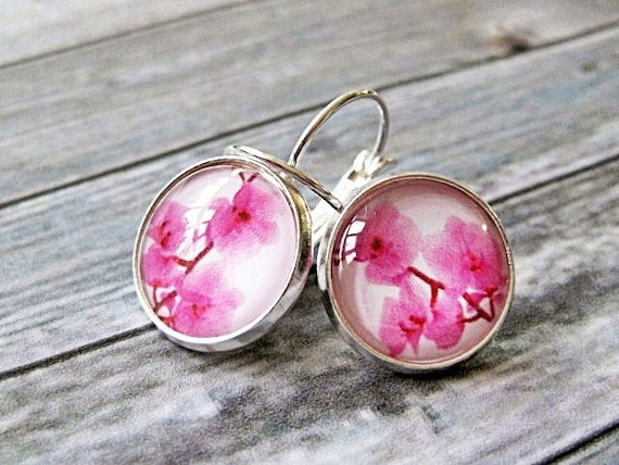 Glass dome dangle earrings with pink orchids