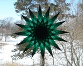 Green Window Star Suncatcher with 16 Points and 160 Folds