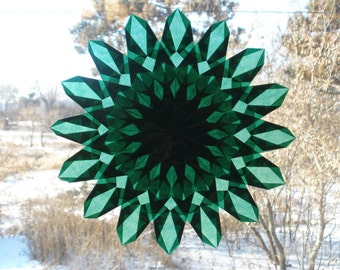 Emerald Green Sunburst Window Star