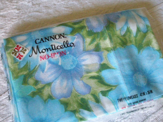 Vintage 1970s Blue Floral Pillowcaes or Reclaimed Vintage Fabric NEW NEVER USED