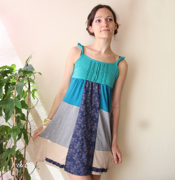 SALE 30% reconstructed refashioned summer dress floral print medium