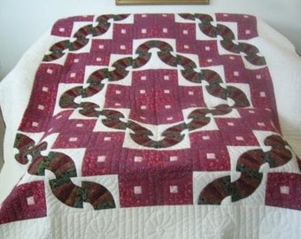 Amish Made, Handstitched, Handmade, Queen Size - Log Cabin Fan Quilt