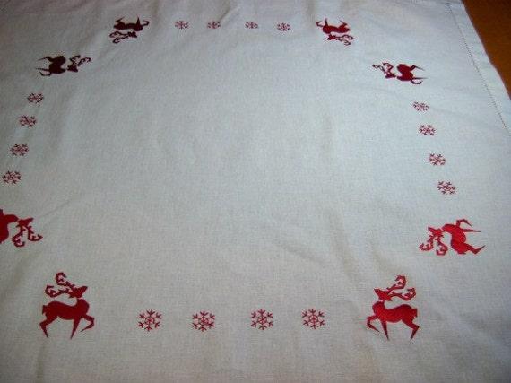 TEA CLOTH - Vintage Christmas Tea cloth with embroidered reindeer and Snowflakes