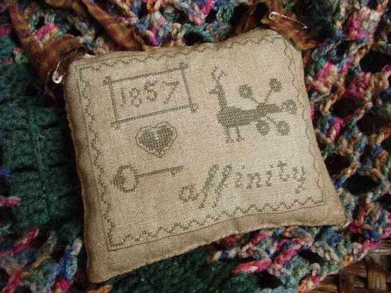 Primitive Cross Stitch Pattern Affinity Pinkeep Sampler