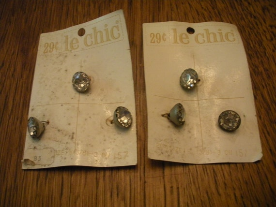 Vintage le chic Crystal and Metal Buttons on Cards