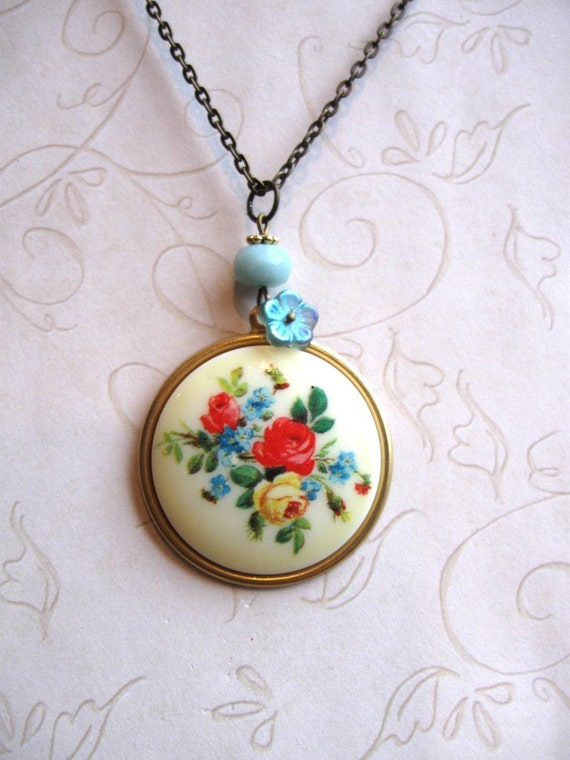 Yellow Flower Necklace - shabby chic - garden bouquet - rose cabochon