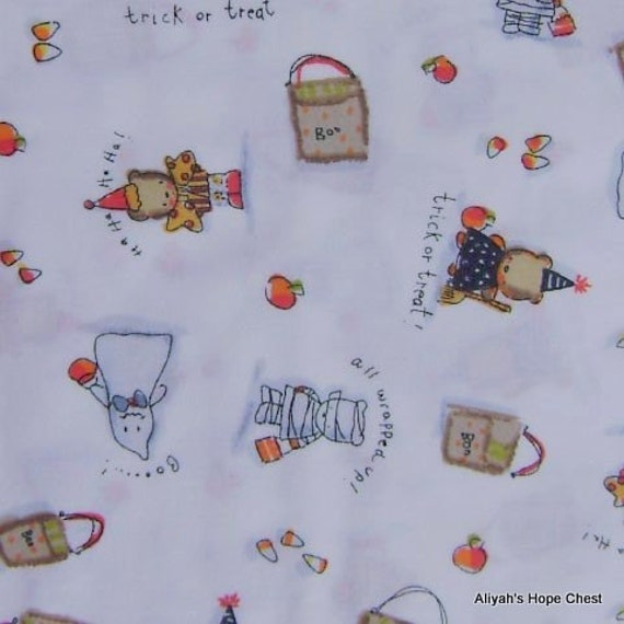 White Halloween Fabric --- 31 inches (((REMNANT)))