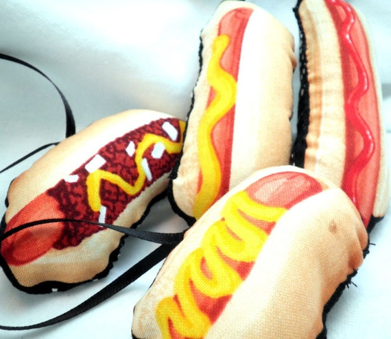 Hot Dog Ornaments for your Christmas Tree