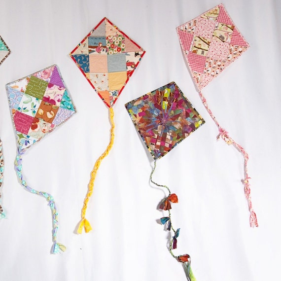 Quilted Wall Art - Let's Go Fly A Kite - Frolic In the Beginning