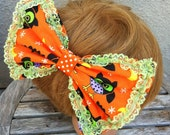 Kitchy Owl Large Halloween Hair Bow Barrette