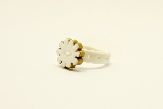 White and Gold Flower Ring, Hand-sculpted & Hand-painted - One-Flower Ring