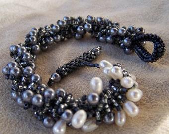 Ebony Eel Pearl Bracelet