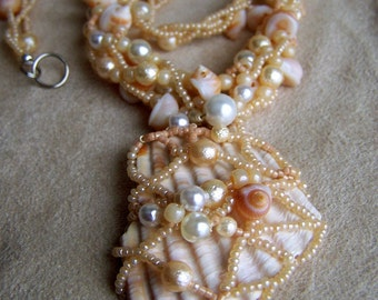 Pearl Netted Scallop Shard Necklace