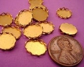 18 Brass Oval Lace Edge Bezels 10x8