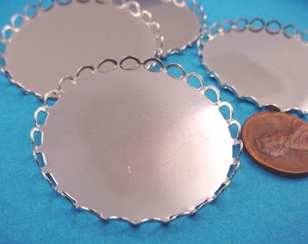 4 Silver tone Round Lace Edge Bezel Cups 40mm