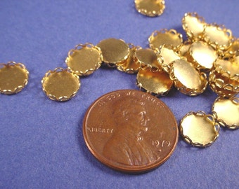 30 Brass Round Lace Edge Bezel Cups 7mm