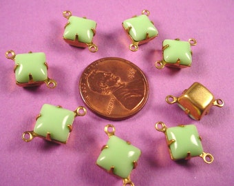6 Vintage Lime Green Glass Square Connector Charms 8x8