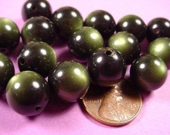 Vintage dark green Olive Moonglow Lucite Round Beads 12mm