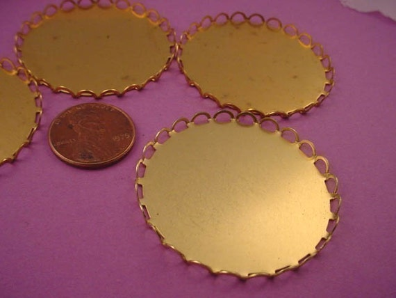 6 Brass Round Lace Edge Bezel Cups 40mm
