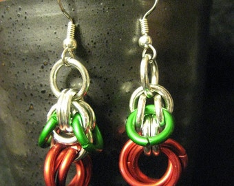 dangly roses--red flower maille earrings