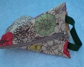 Small Triangle Project Bag-- Knitting, Crochet, Sewing, Crafting