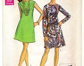 1960s Shift Dress, Sleevless or Long Sleeve, Boatneck, Size 16 - Simplicity 8181