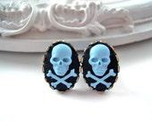 Skull plugs 4mm 6g pirate gauged ears black blue pirate