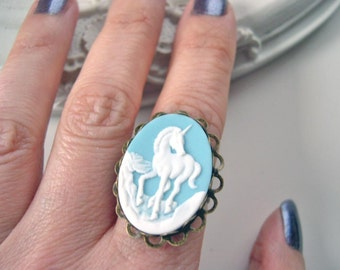 Unicorn ring in blue cameo ring