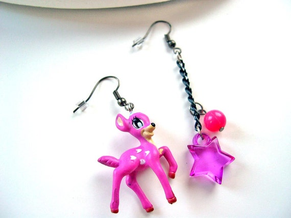 Deer kawaii mismatched dangle earrings purple