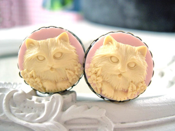 "Cat cameo plugs 25 mm 1"" gauged stretched ears Gothic pink"