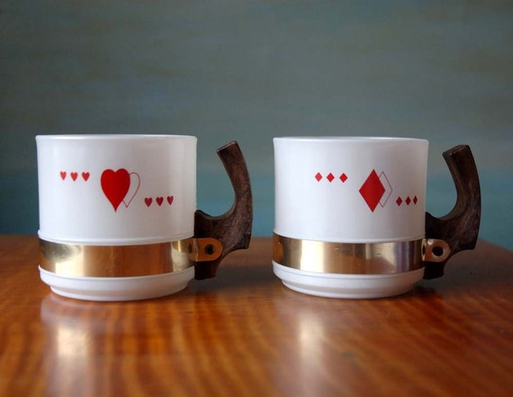 Milk Glass Ski Mugs.  Red Hearts and Diamonds with Faux Bois Plastic Handles and Gold Band Trim