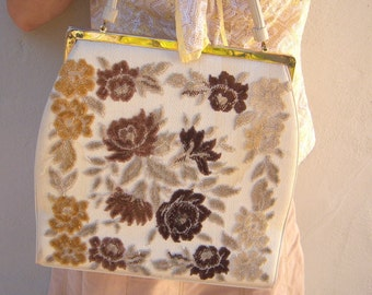 Vintage chenille carpet bag / ivory copper hand bag / tapestry bag / satin lining kiss clasp / LARGE