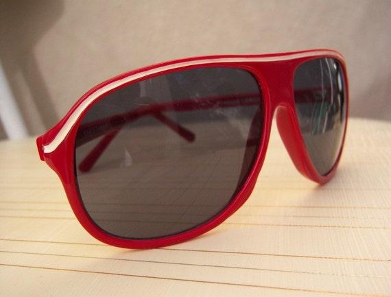 Vintage aviator sunglasses / red racing stripes / 60s mod eyewear