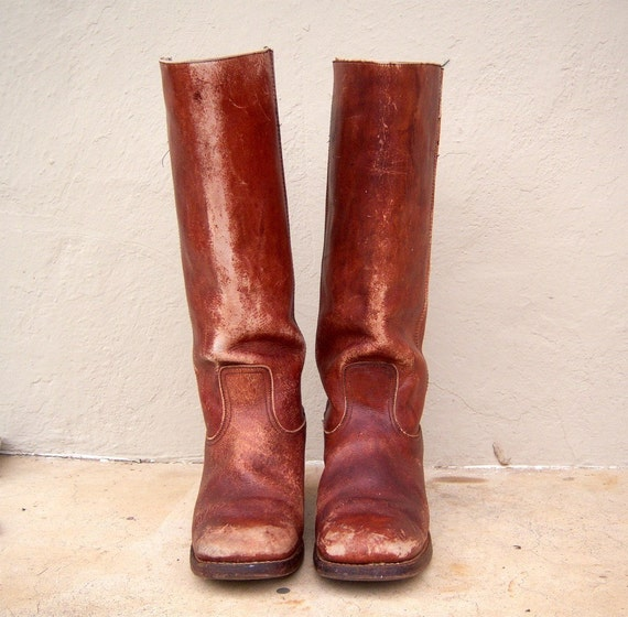 Distressed leather boho boots // RUST // campus boots // mens 10.5 womens 12