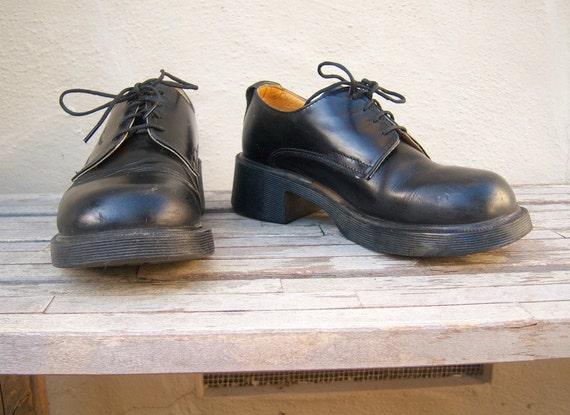 Black Doc Martens Oxford lace ups / UK6 US 8 womens